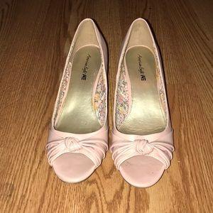 Light lilac open toe heel